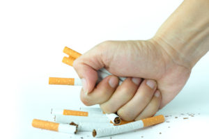 5 raisons pour se motiver d'arrêter de fumer grâce à l'hypnose : Arrêter de fumer n'est pas une question de force de caractère ni de volonté mais de motivation. Vous hésitez car